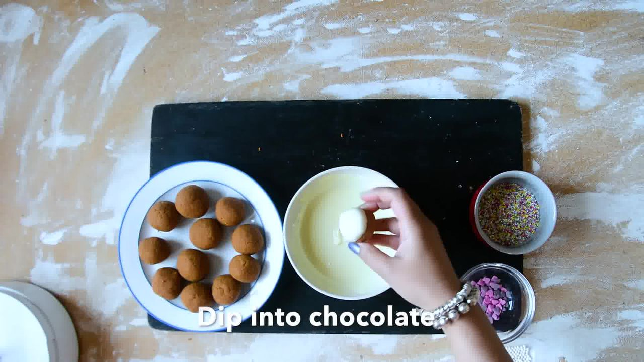 Image of the cooking step-1-8 for Gingerbread Truffles Recipe