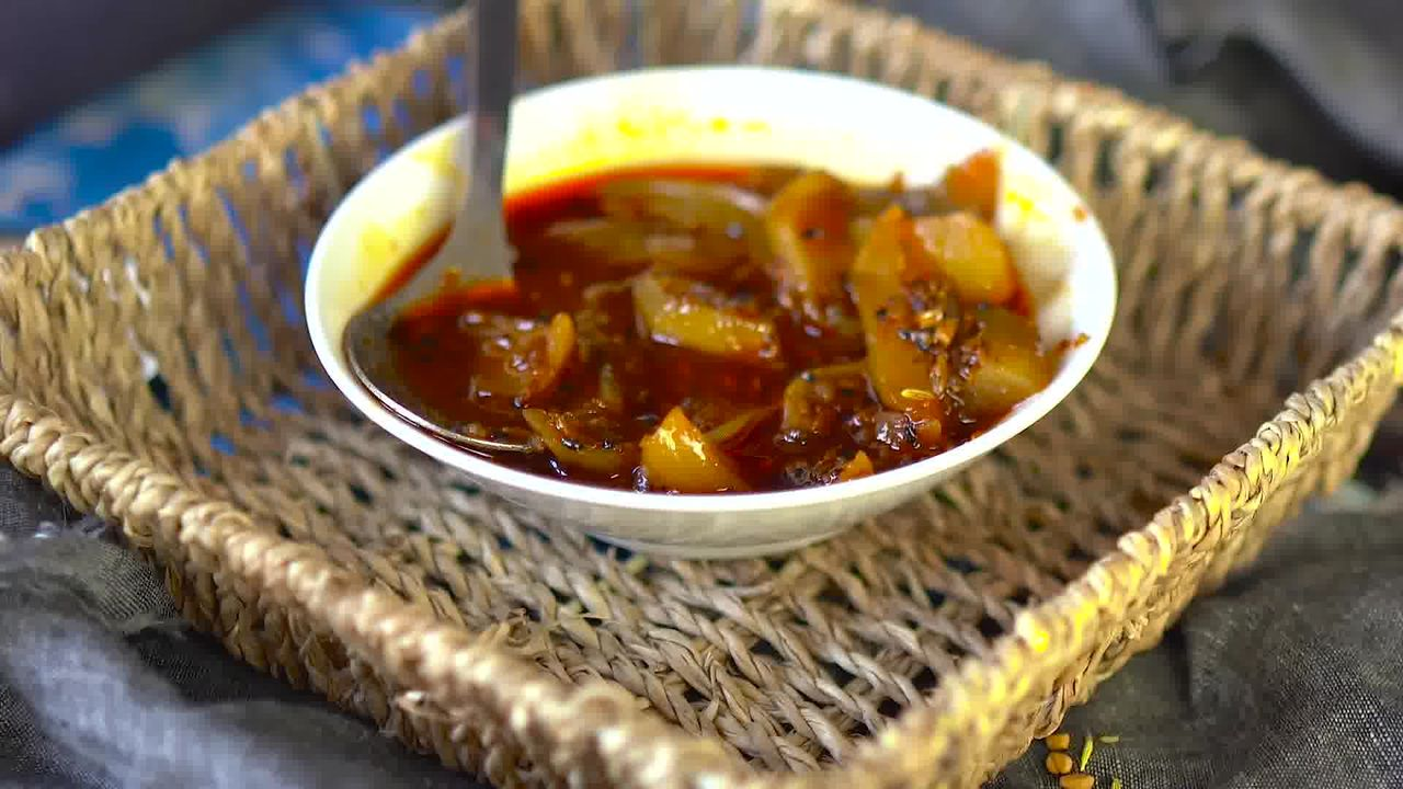 Image of the cooking step-1-17 for Aam Ki Launji | Sweet and Spicy Raw Mango Chutney