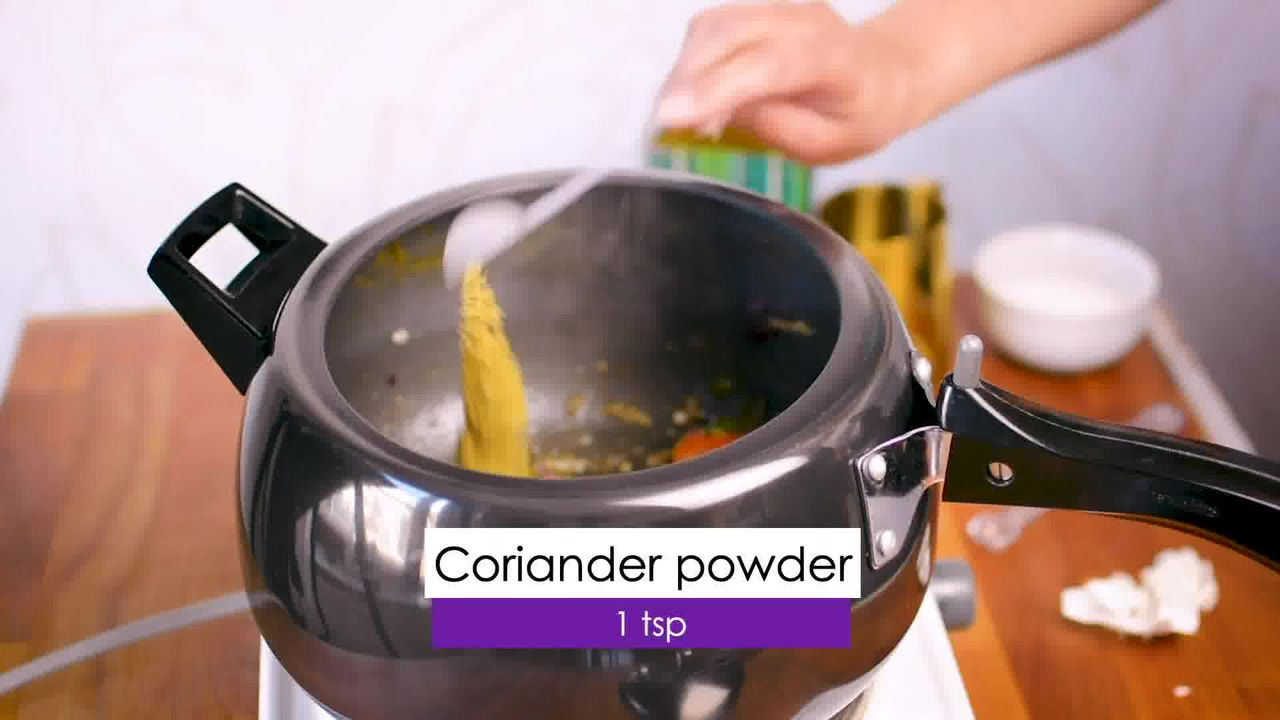 Image of the cooking step-1-6 for Aloo Baingan - Potato Eggplant (Cooker + Instant Pot)