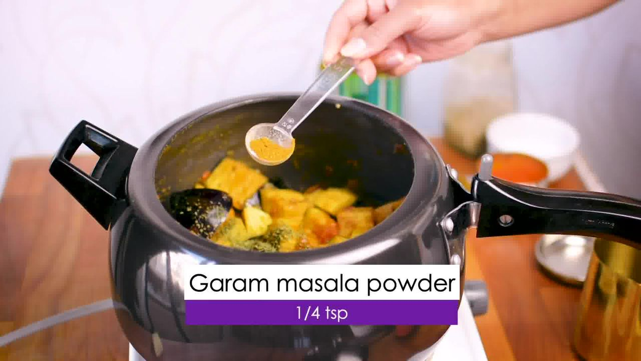 Image of the cooking step-1-9 for Aloo Baingan - Potato Eggplant (Cooker + Instant Pot)