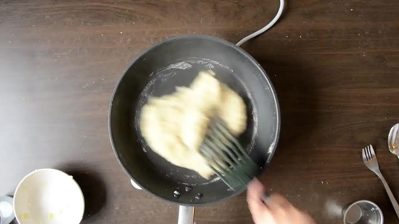 Image of the cooking step-1-6 for Aloo Ka Halwa- Potato Halwa (Recipe Video)