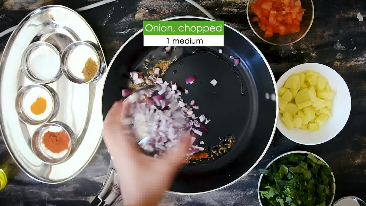 Image of the cooking step-1-4 for Aloo Palak - Spinach Potato Stir Fry