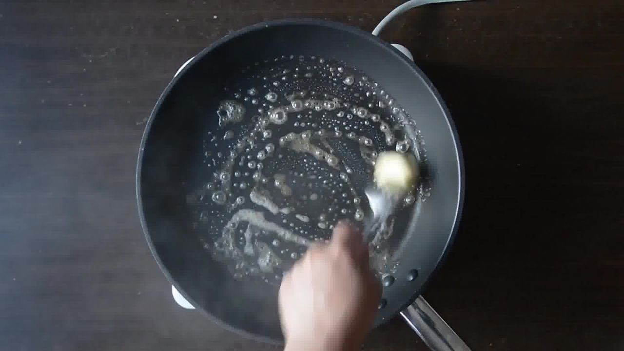 Image of the cooking step-4-1 for Aloo Tikki Burger Recipe