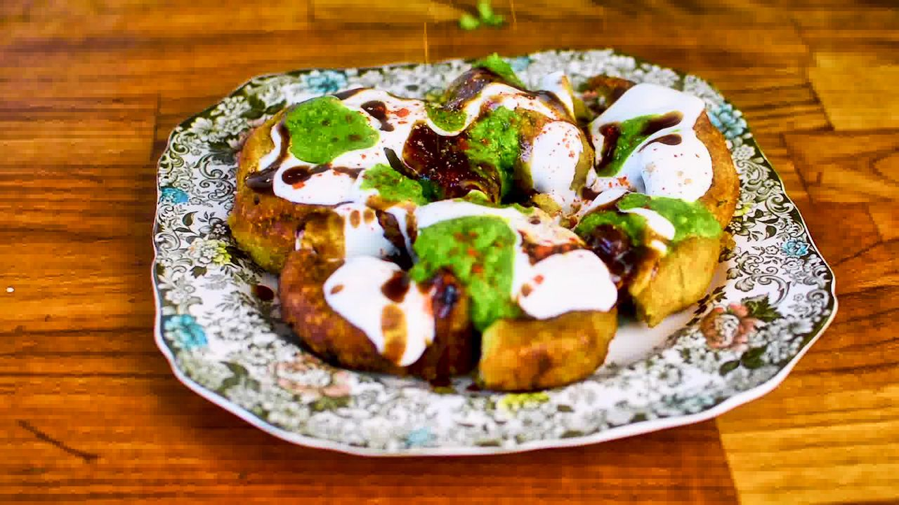 Image of the cooking step-7-4 for Aloo Tikki Chaat