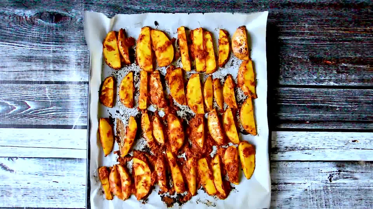 Image of the cooking step-1-12 for Spiced Crispy Baked Masala Potato Wedges