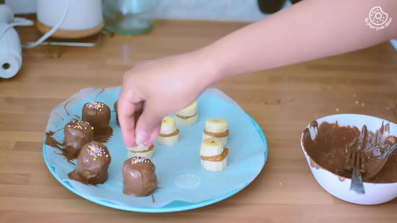 Image of the cooking step-1-6 for Banana Peanut Butter Chocolate Bites