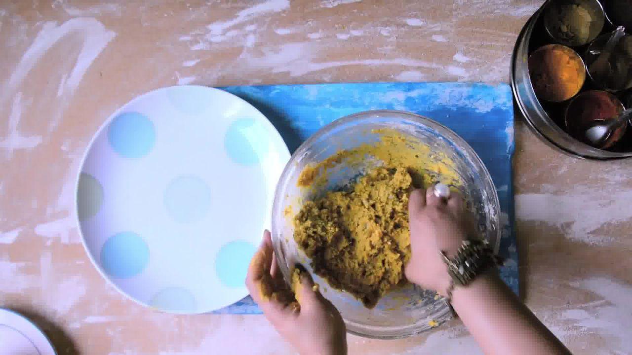 Image of the cooking step-1-2 for Rajasthani Gatta Curry Recipe - Besan Ke Gatte Ki Sabzi