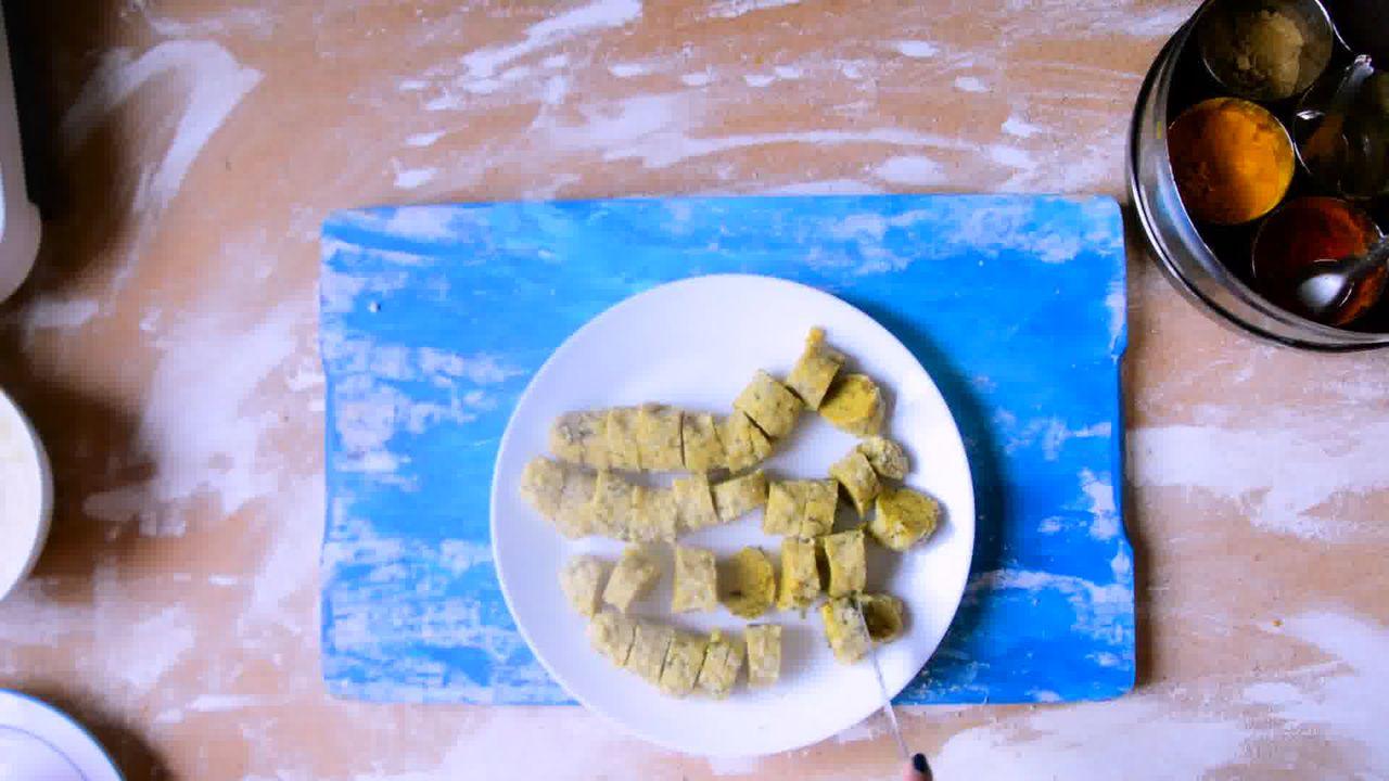 Image of the cooking step-1-8 for Rajasthani Gatta Curry Recipe - Besan Ke Gatte Ki Sabzi