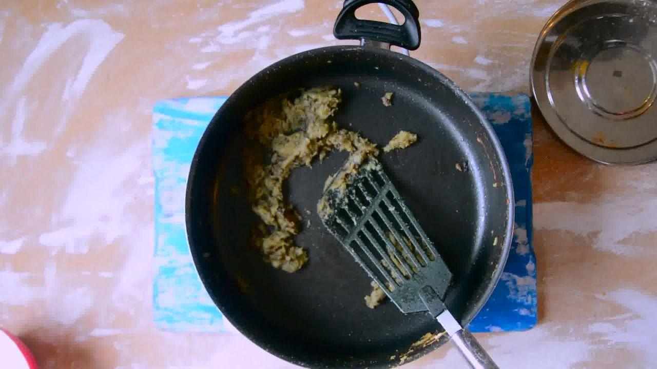 Image of the cooking step-2-4 for Rajasthani Gatta Curry Recipe - Besan Ke Gatte Ki Sabzi