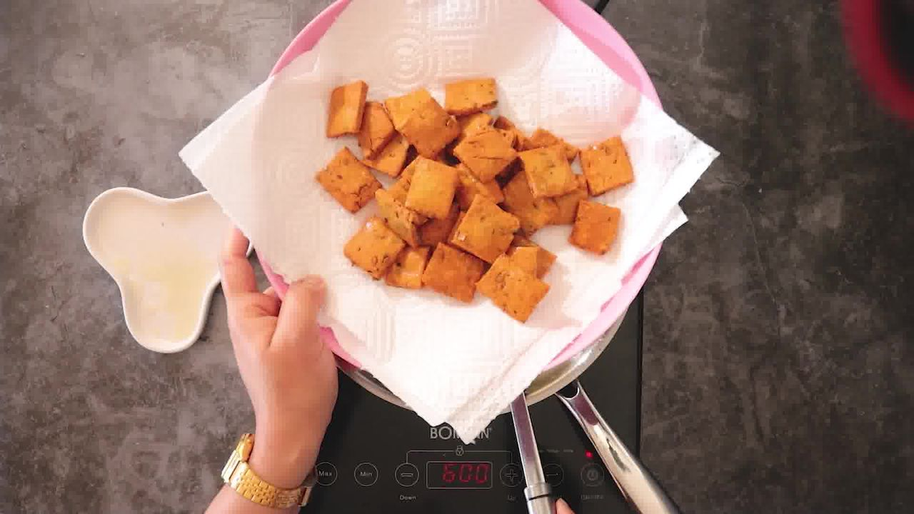 Image of the cooking step-2-3 for Besan Paara (Fried, Air Fryer, and Baked Recipe)