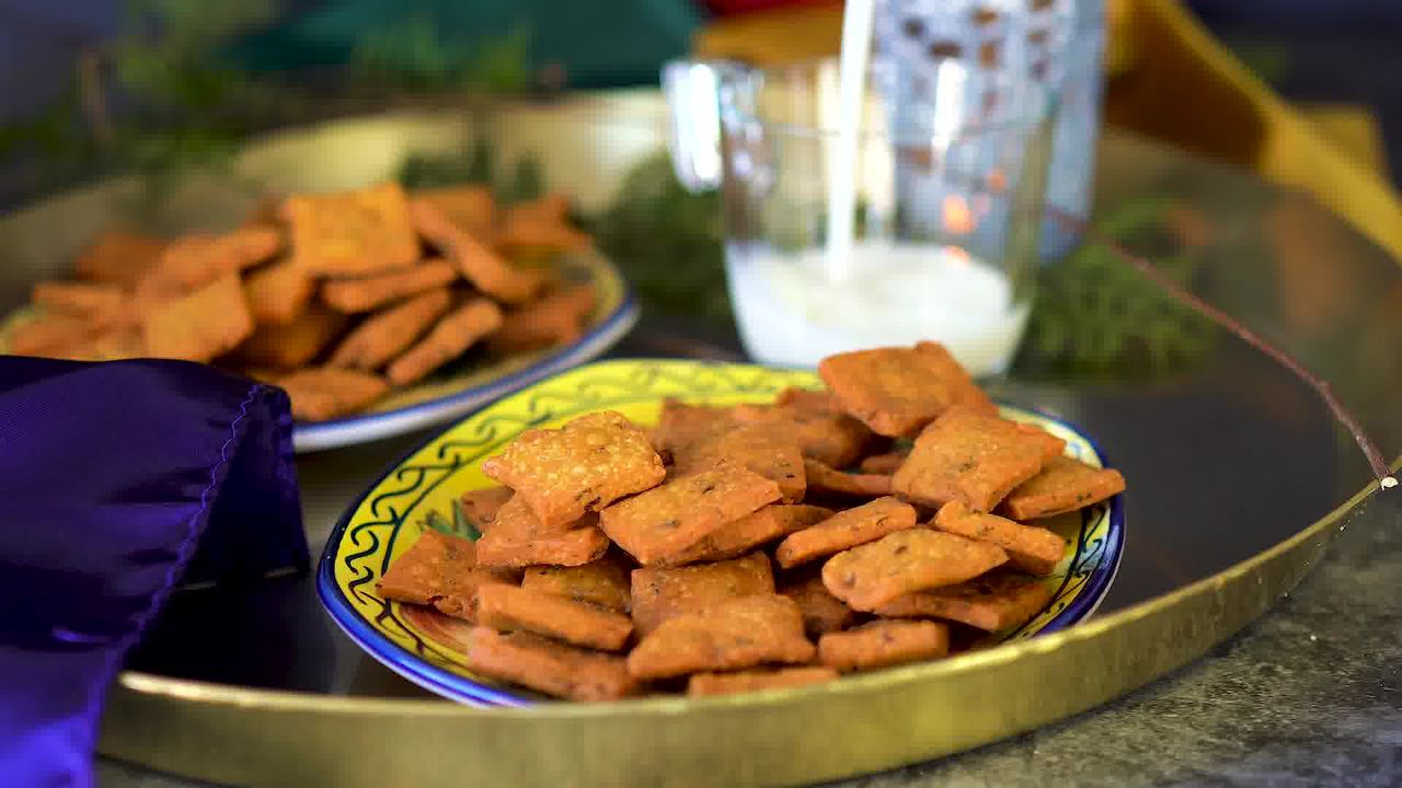Image of the cooking step-2-4 for Besan Paara (Fried, Air Fryer, and Baked Recipe)