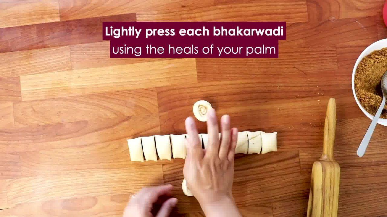 Image of the cooking step-3-14 for Bhakarwadi Recipe - How to make Crispy Bhakarwadi
