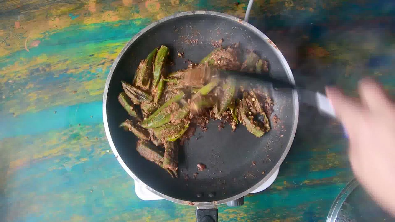 Image of the cooking step-3-10 for Bharwa Bhindi - Stuffed Okra