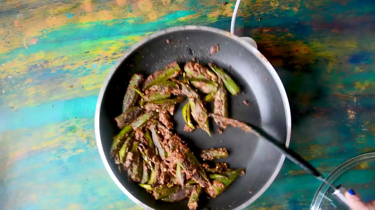 Image of the cooking step-3-12 for Bharwa Bhindi - Stuffed Okra