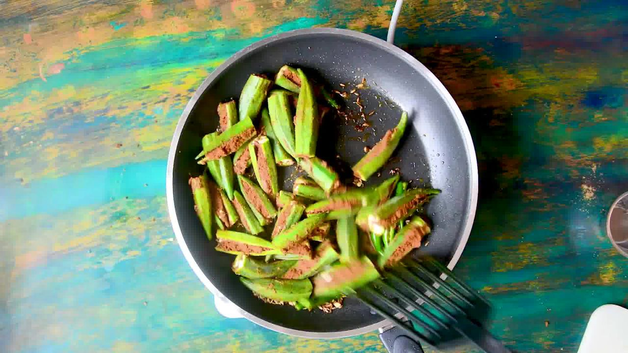 Image of the cooking step-3-7 for Bharwa Bhindi - Stuffed Okra