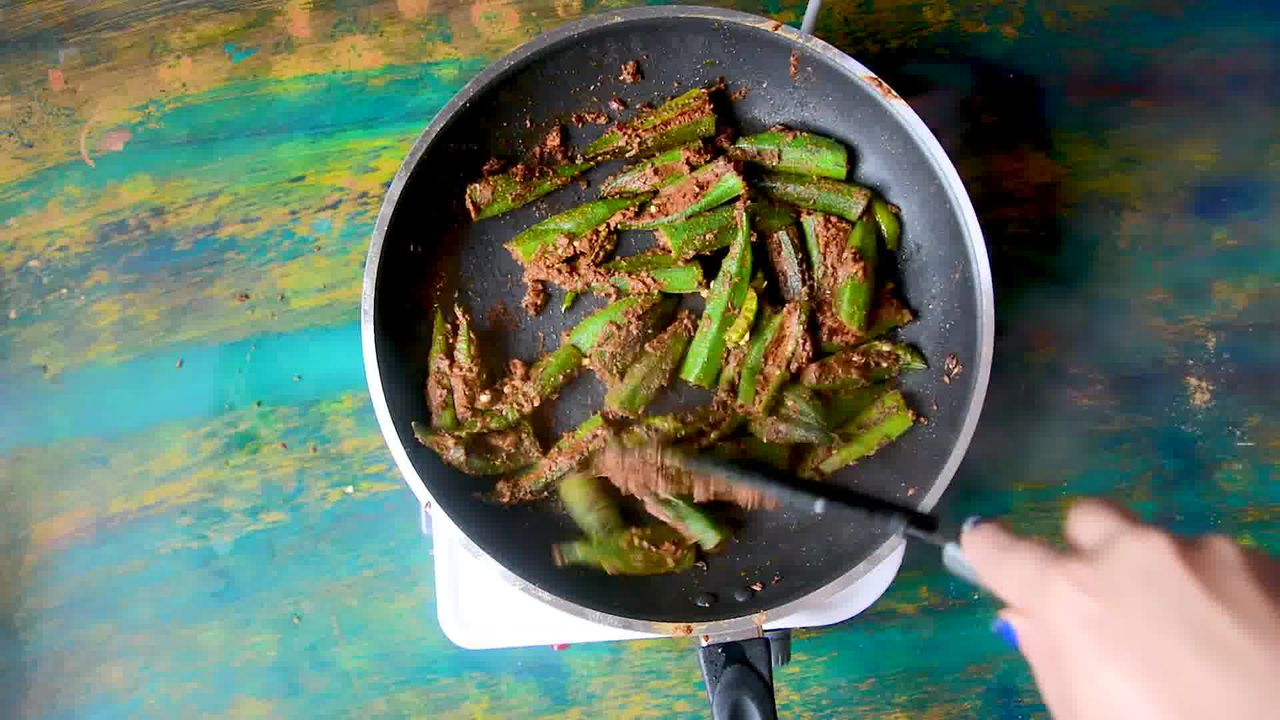 Image of the cooking step-3-9 for Bharwa Bhindi - Stuffed Okra