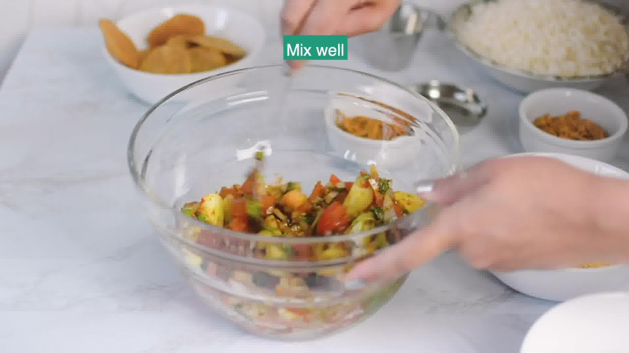 Image of the cooking step-1-2 for Bhel Puri (Step-By-Step Video Recipe)