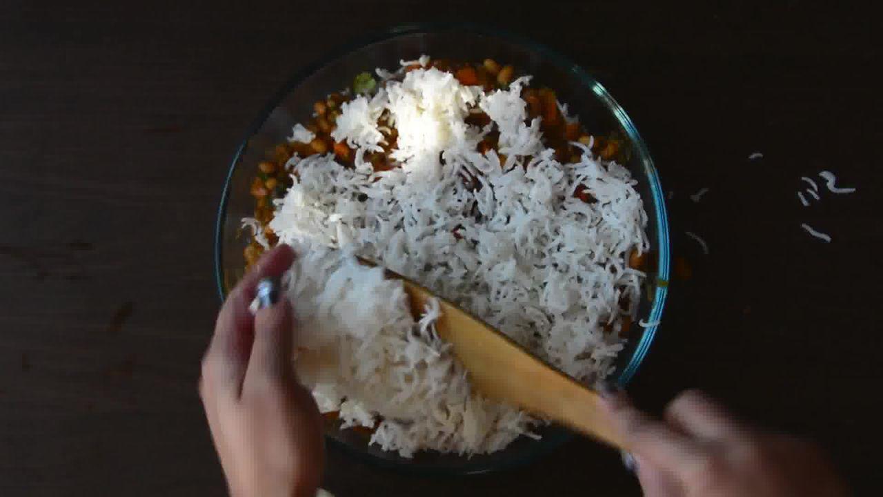 Image of the cooking step-1-14 for Lobia Briyani - Black Eyed Bean Carrot Biryani