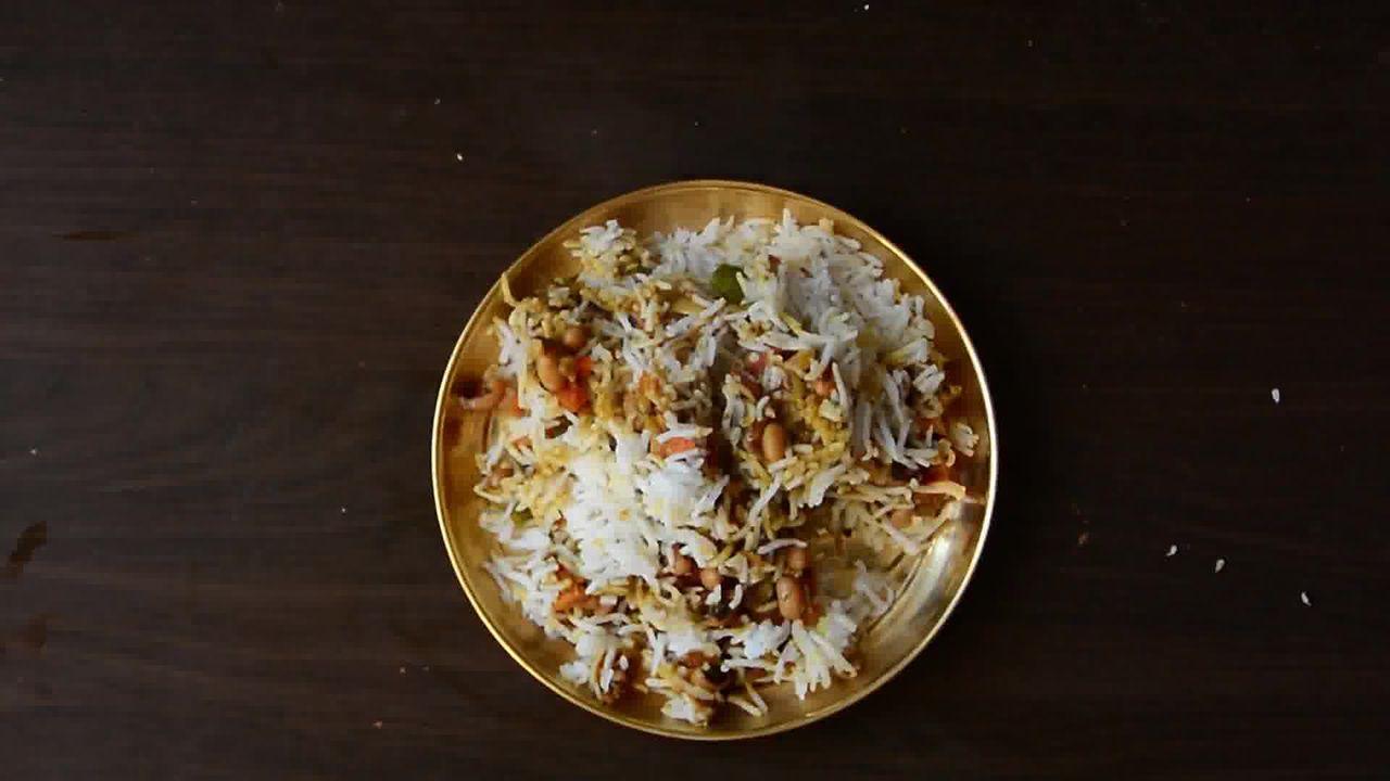 Image of the cooking step-1-19 for Lobia Briyani - Black Eyed Bean Carrot Biryani
