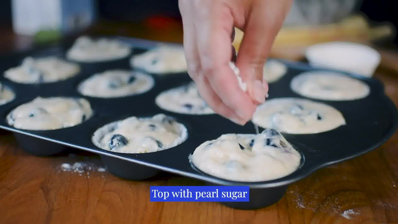 Image of the cooking step-3-3 for Quick and Easy Blueberry Muffins Recipe