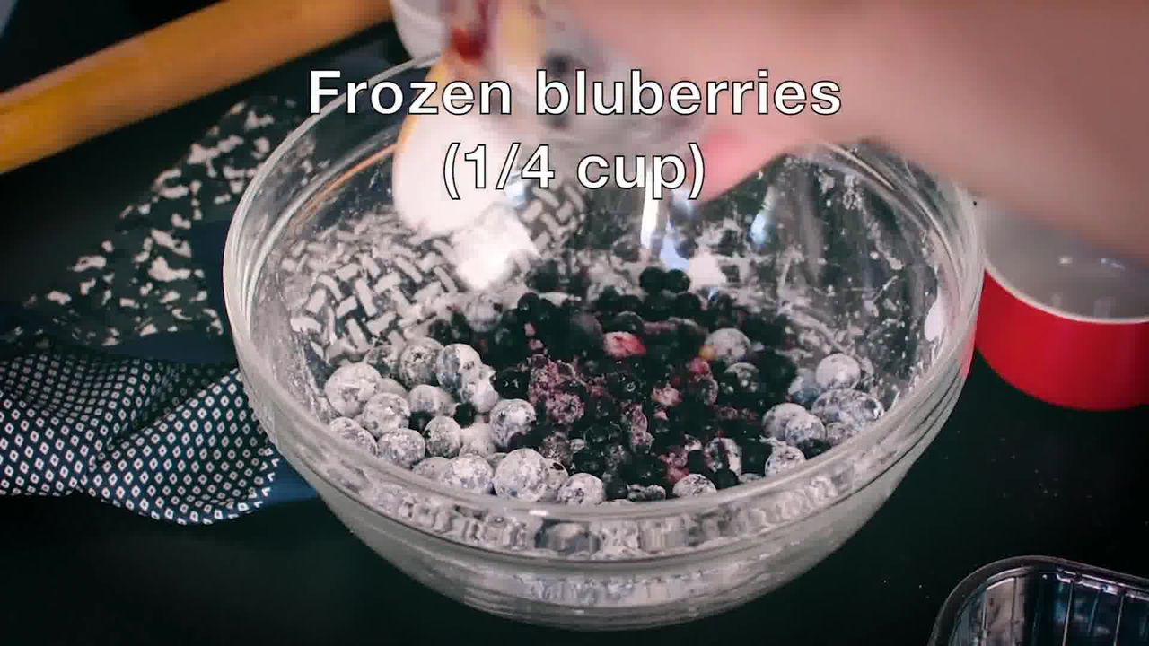 Image of the cooking step-2-3 for Blueberry Pie Recipe