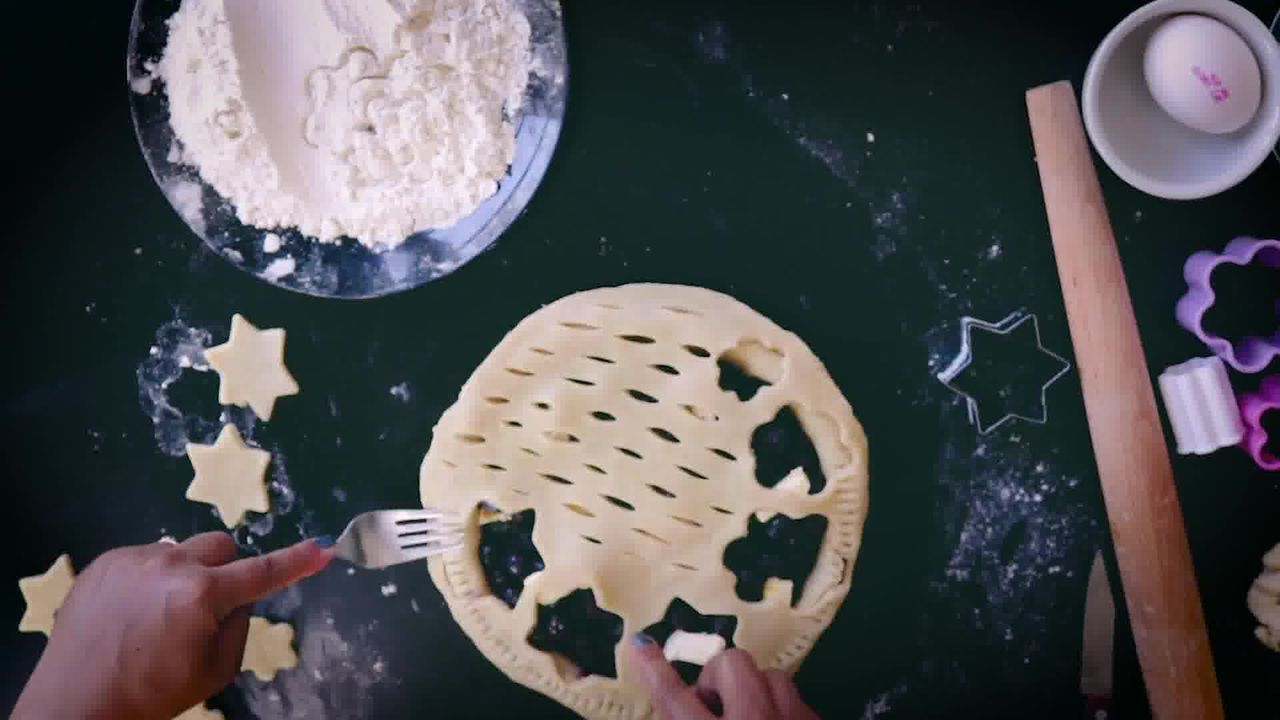 Image of the cooking step-4-3 for Blueberry Pie Recipe