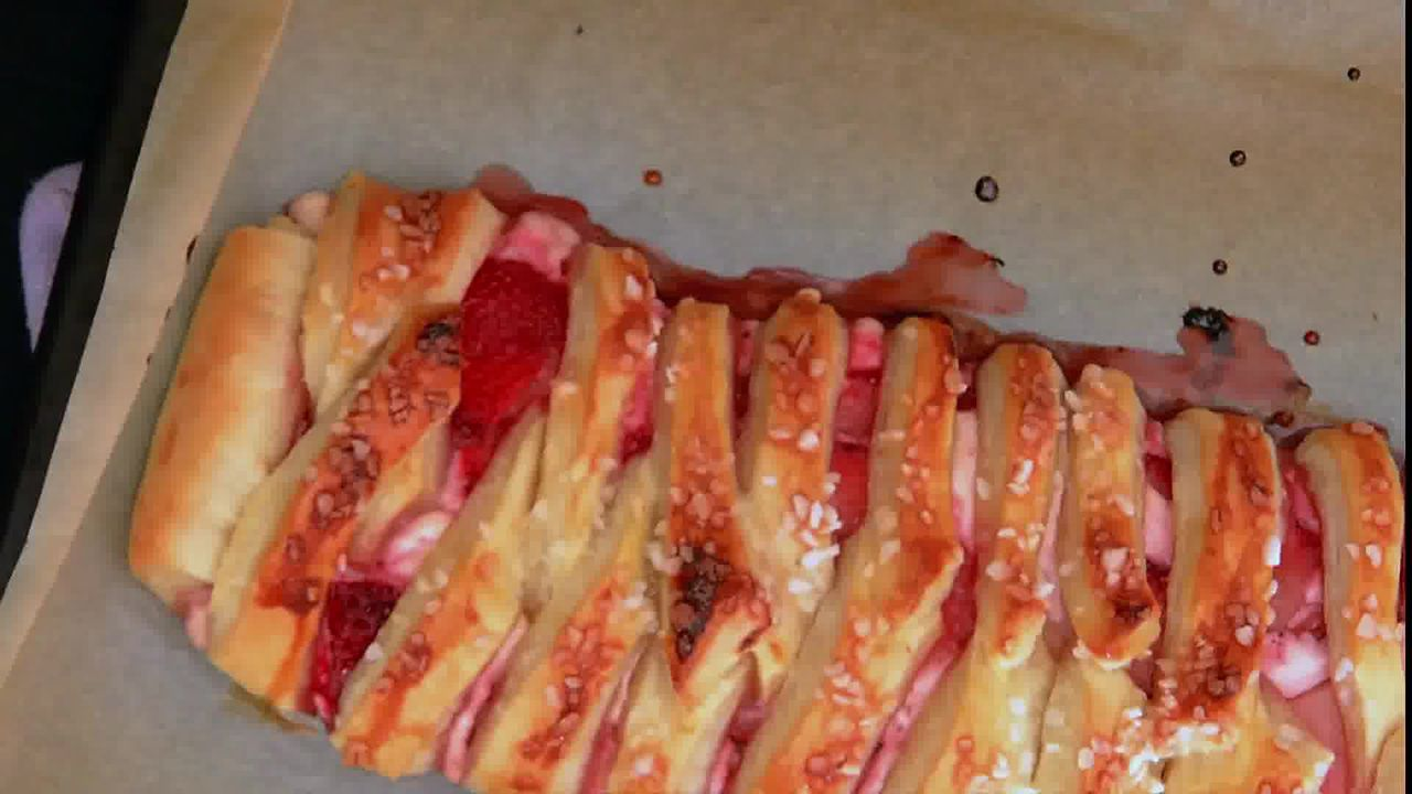 Image of the cooking step-1-11 for Braided Strawberry Cream Cheese Pastry