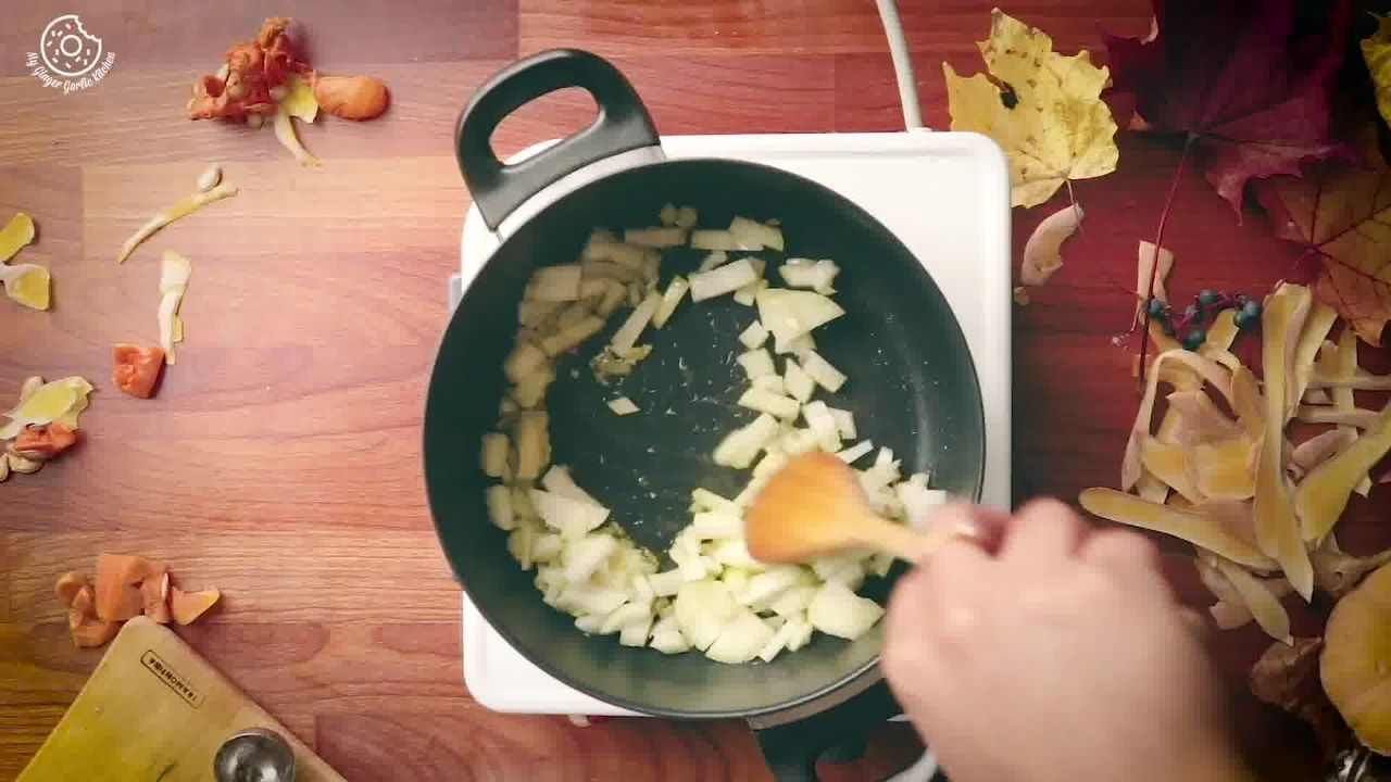 Image of the cooking step-1-6 for Butternut Squash Soup Recipe [Vegan | Gluten Free]