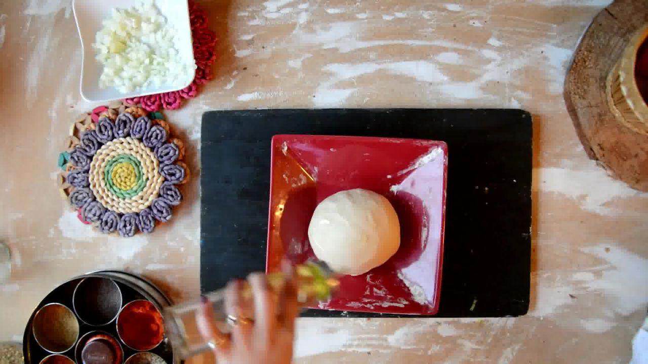 Image of the cooking step-2-3 for Cabbage Peas Stuffed Paratha - Patta Gobi Ka Paratha