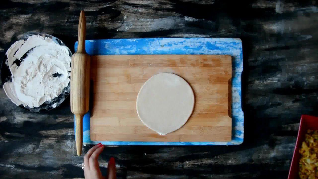 Image of the cooking step-3-1 for Cabbage Peas Stuffed Paratha - Patta Gobi Ka Paratha