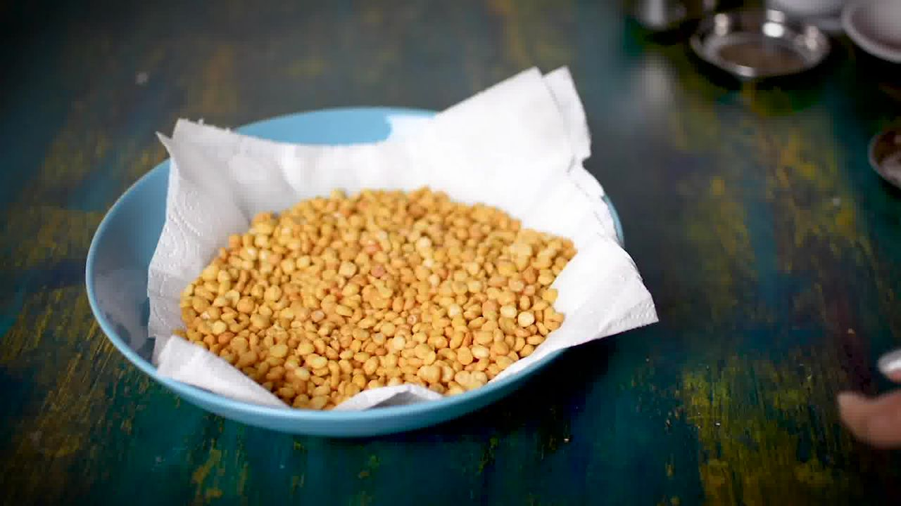 Image of the cooking step-2-4 for Chana Dal Namkeen - Crunchy Split Bengal Gram Snack