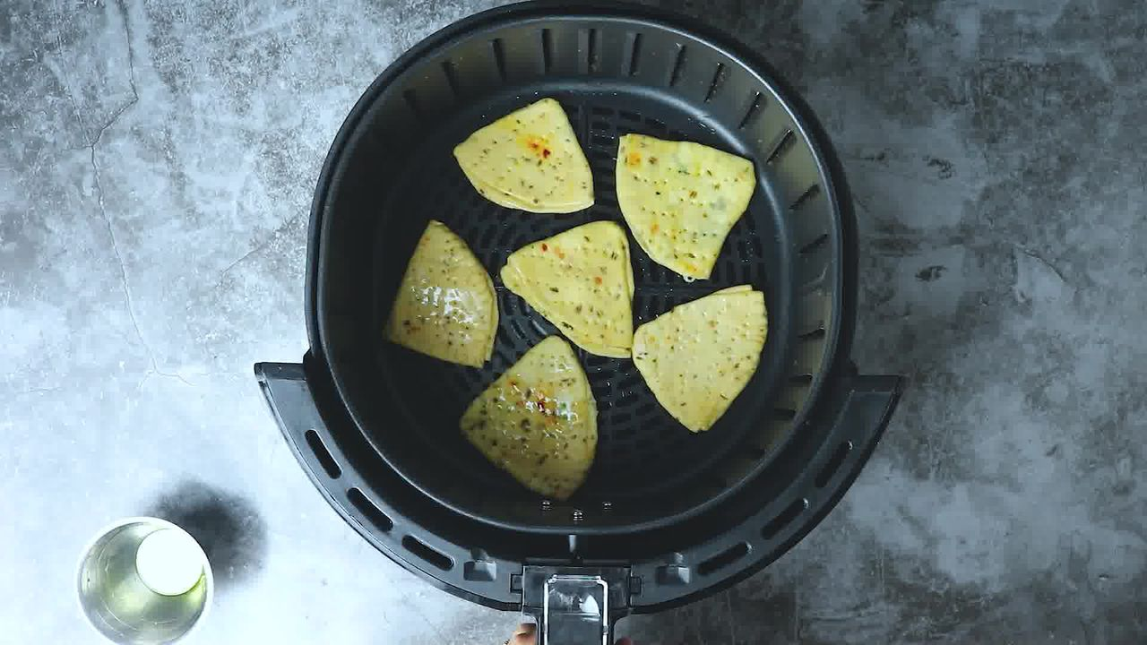 Image of the cooking step-5-3 for Cheese Garlic Masala Mathri (Fried, Air Fryer, Baked Recipe)