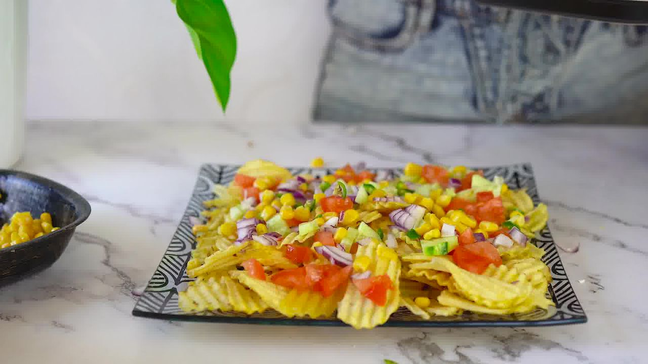 Image of the cooking step-1-2 for Chips Chaat