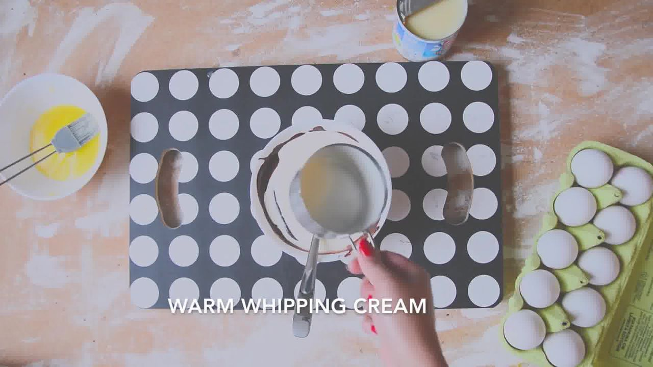 Image of the cooking step-2-2 for Chocolate Cheesecake