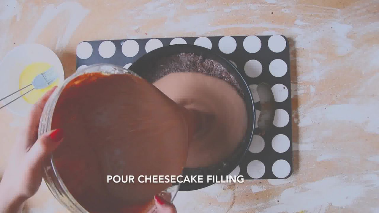Image of the cooking step-2-8 for Chocolate Cheesecake