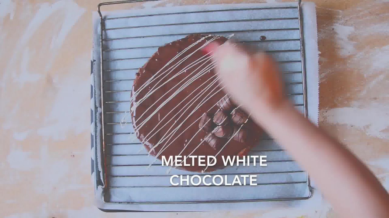 Image of the cooking step-5-3 for Chocolate Cheesecake