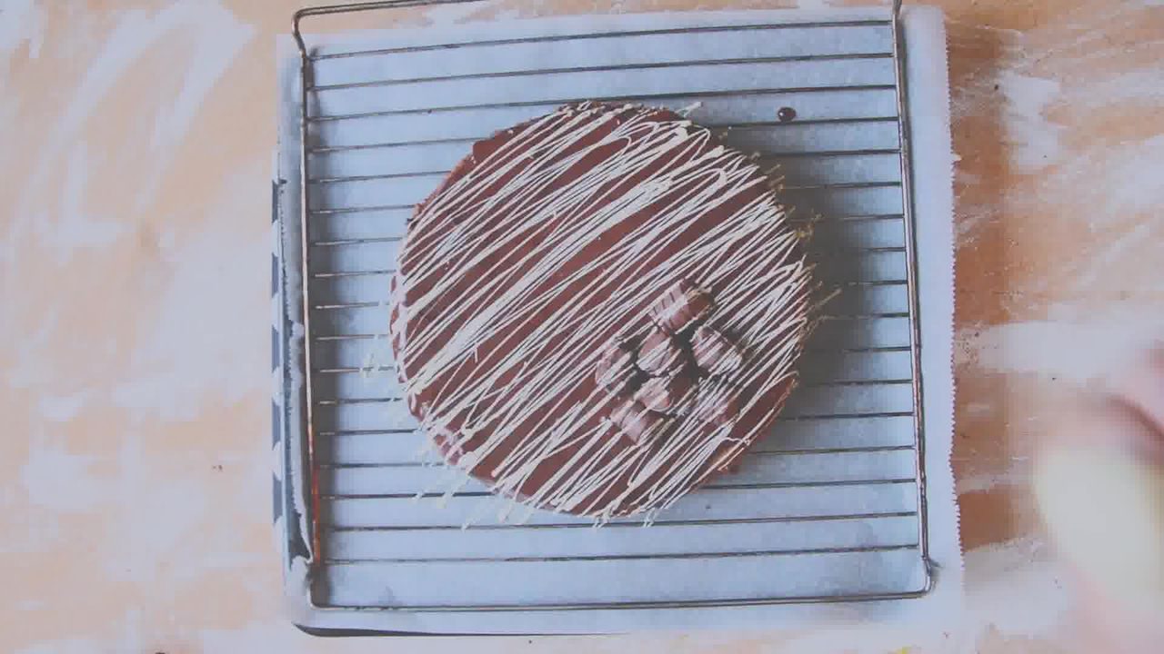 Image of the cooking step-5-4 for Chocolate Cheesecake