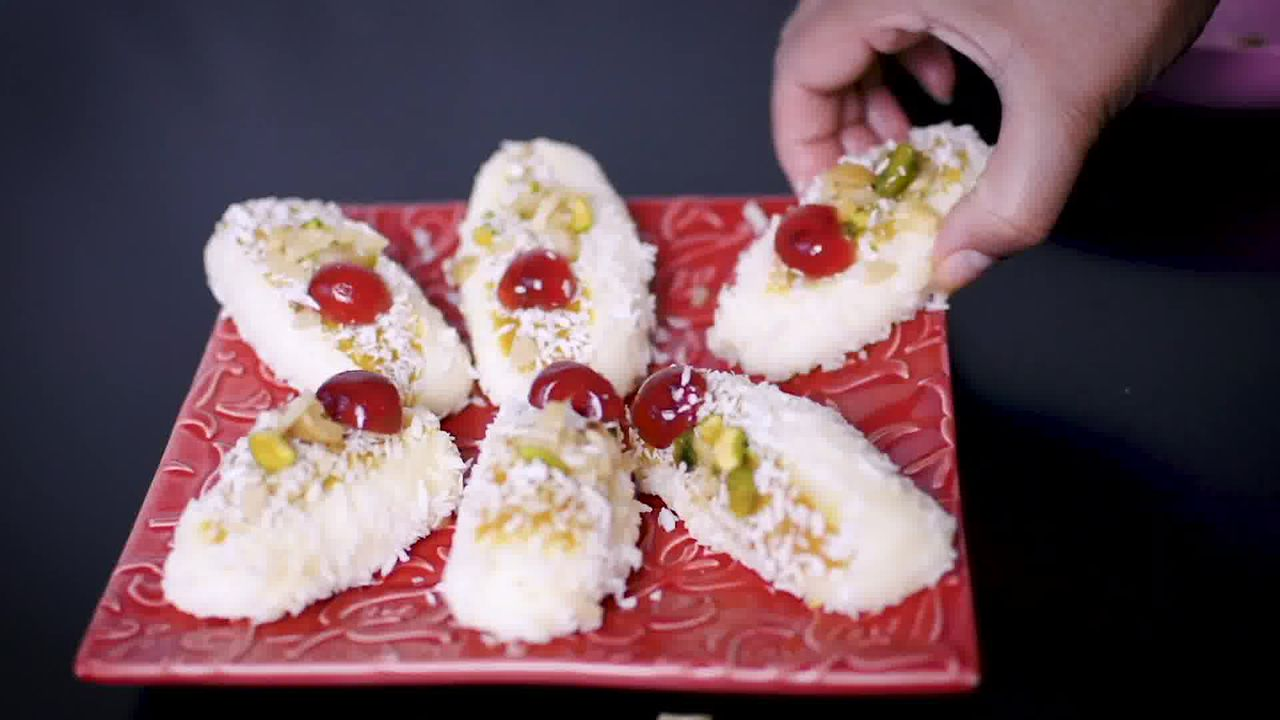 Image of the cooking step-7-5 for Chum Chum Recipe - Bengali Sweet Chomchom
