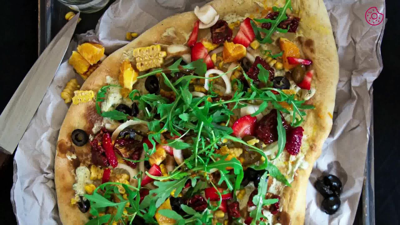 Image of the cooking step-4-4 for Corn Cream Cheese Flatbread with Orange Vinaigrette