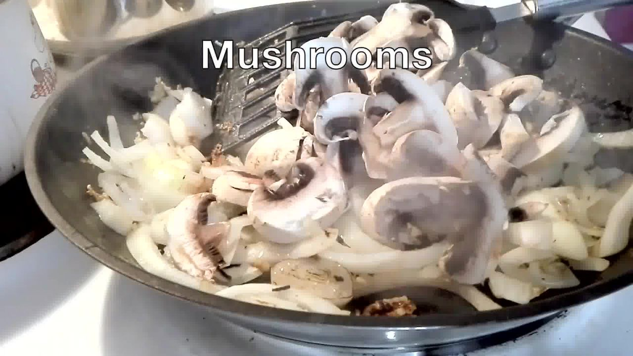 Image of the cooking step-2-5 for Couscous with Sauteed Mushrooms Kidney Beans - Video