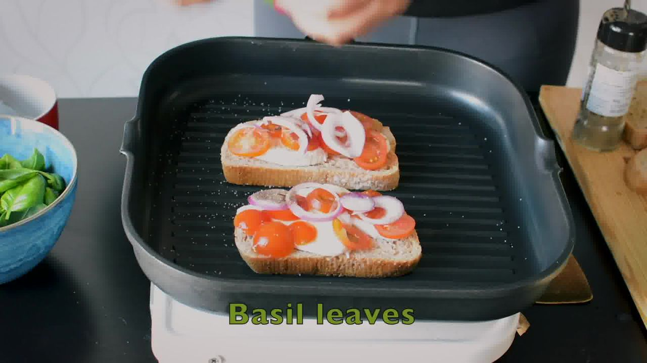 Image of the cooking step-1-4 for Grilled Tomato Mozzarella Sandwich Recipe