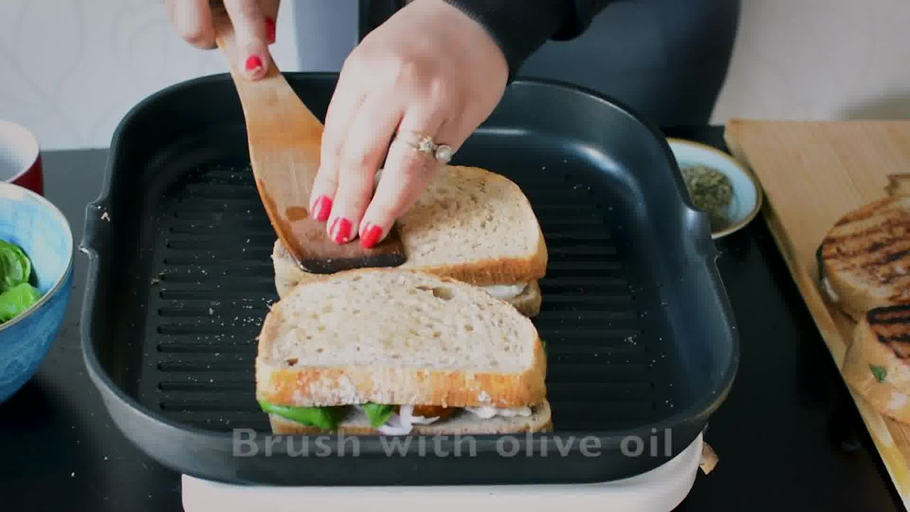 Image of the cooking step-1-8 for Grilled Tomato Mozzarella Sandwich Recipe