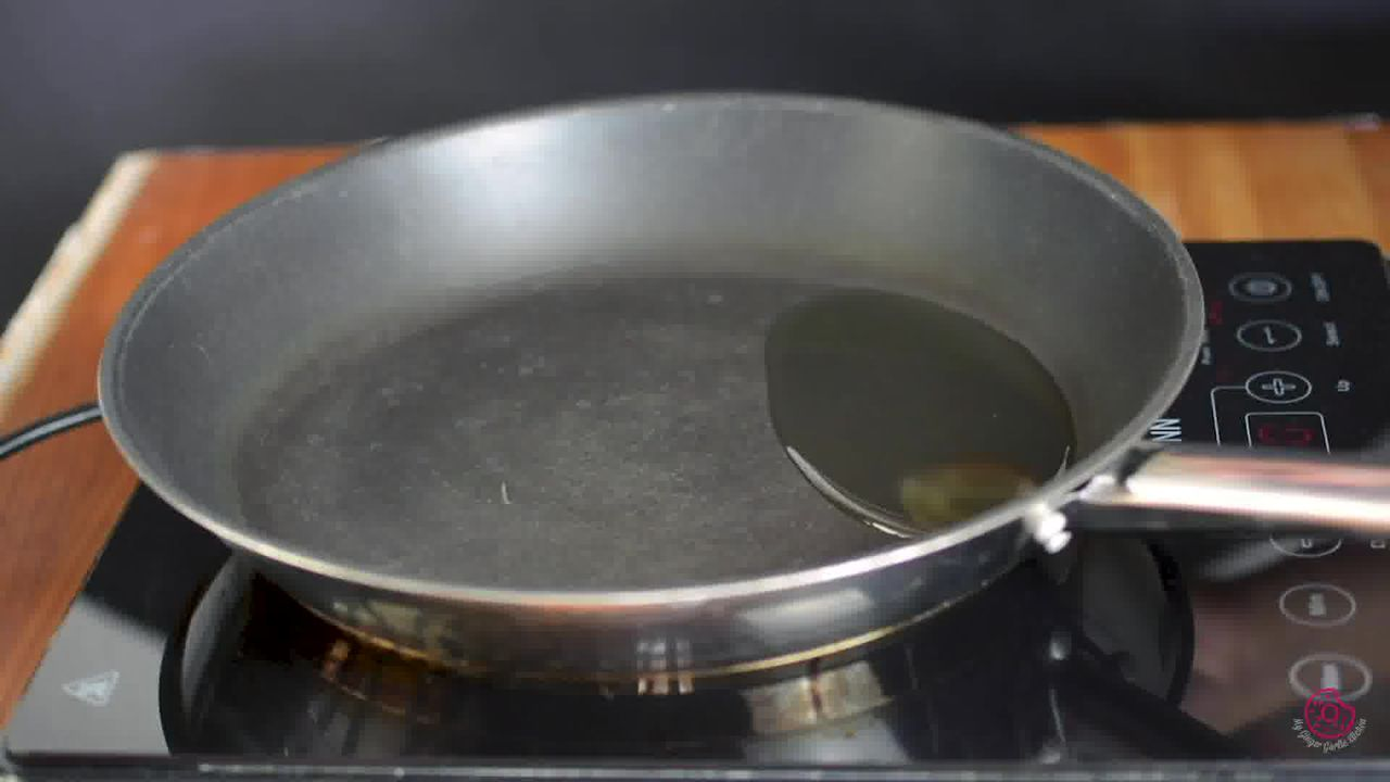 Image of the cooking step-4-1 for Gujarati Dal Dhokli