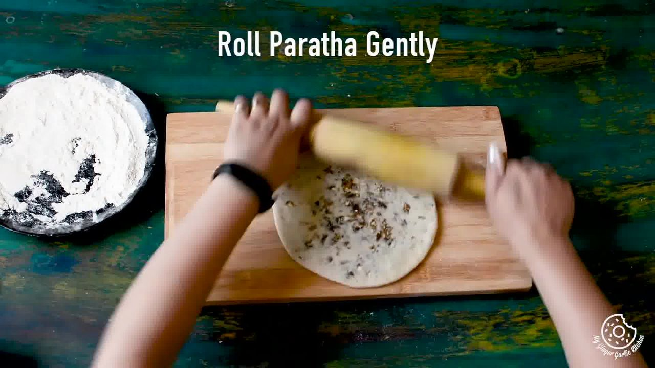Image of the cooking step-3-4 for Gulkand Dessert Paratha With Gulkand Raita Recipe