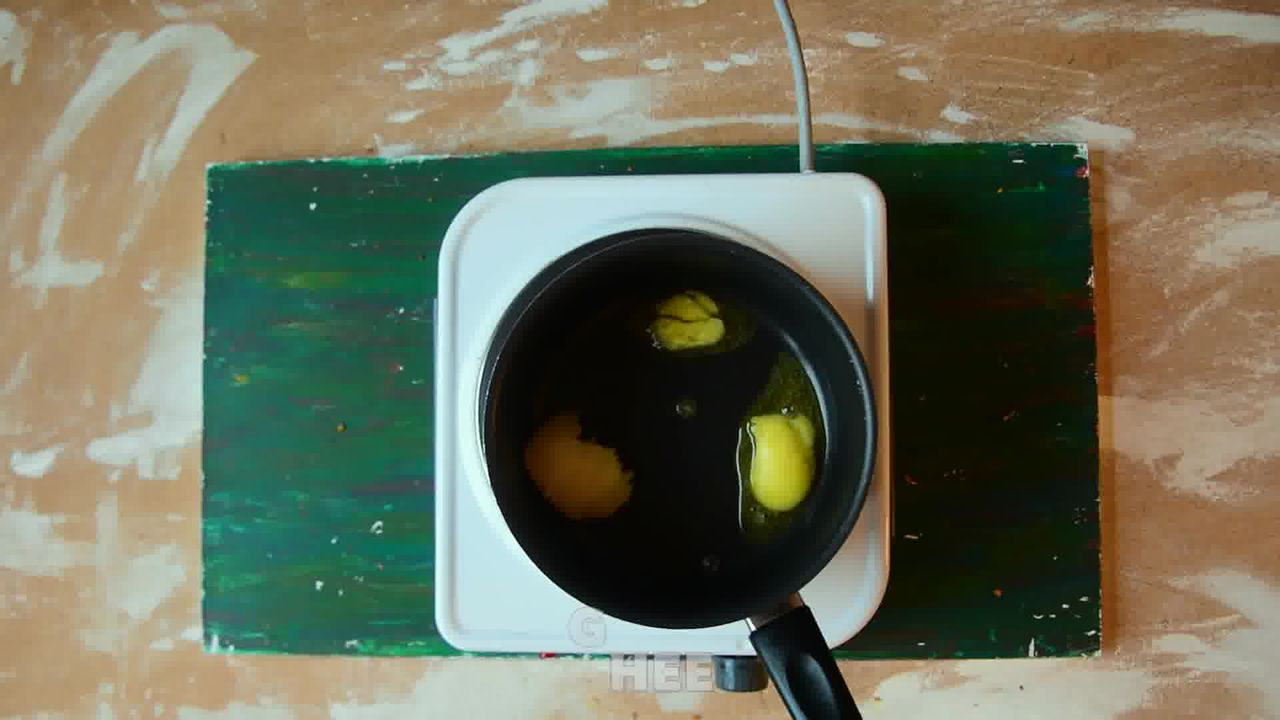 Image of the cooking step-5-1 for Kacchi Haldi ki Sabzi - Fresh Turmeric Root Curry
