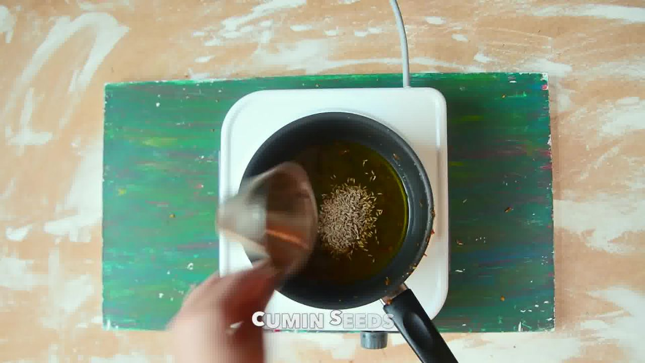 Image of the cooking step-6-1 for Kacchi Haldi ki Sabzi - Fresh Turmeric Root Curry