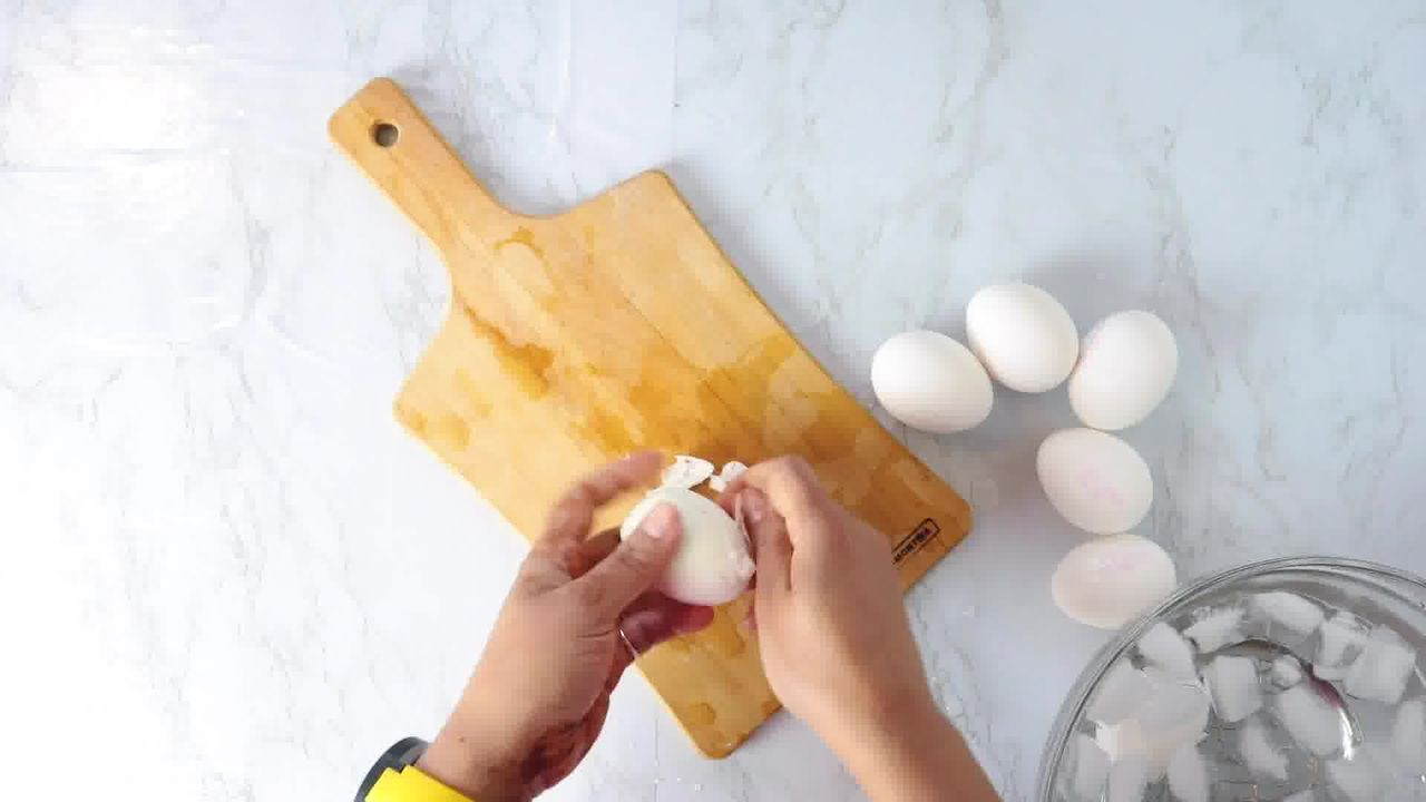 Image of the cooking step-3-1 for 7 Halloween Deviled Egg Ideas + Halloween Ghost Egg