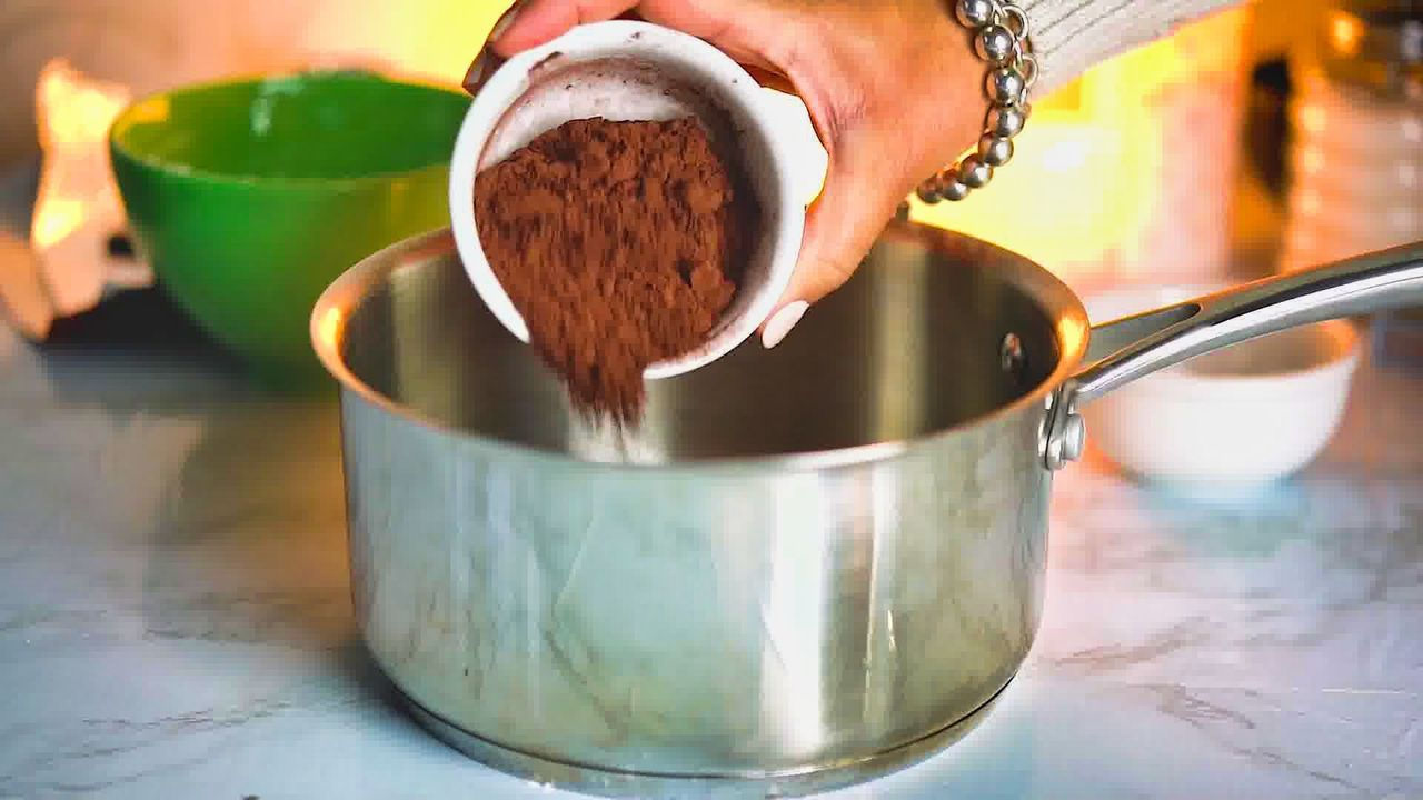 Image of the cooking step-1-3 for Italian Hot Chocolate