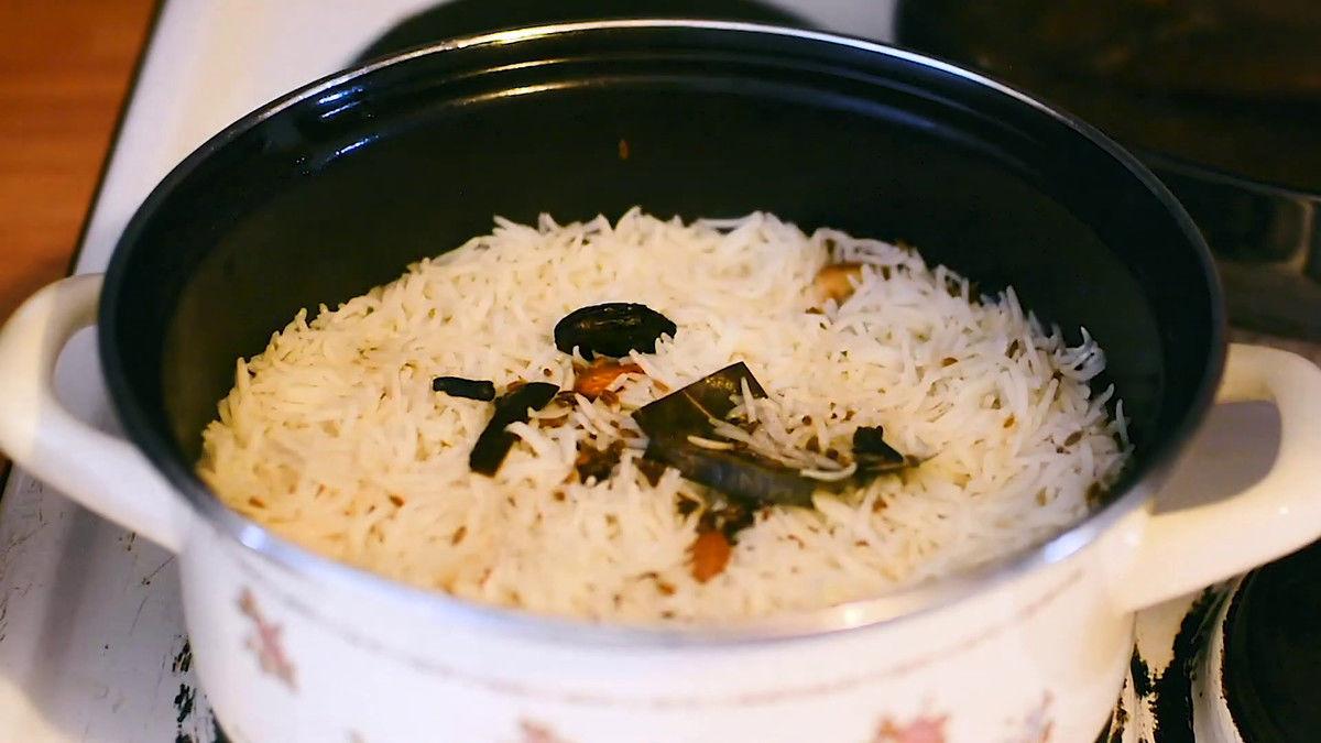 Image of the cooking step-2-2 for Hyderabadi Egg Biryani - Egg Dum Biryani (Video Recipe)