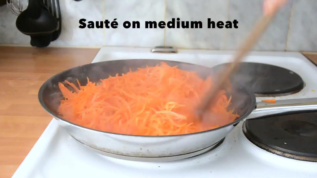 Image of the cooking step-1-3 for Carrot Halwa - How to Make Gajar Ka Halwa